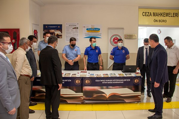 Cezaevlerine kitap bağış kampanyası! Trabzon'da başladı