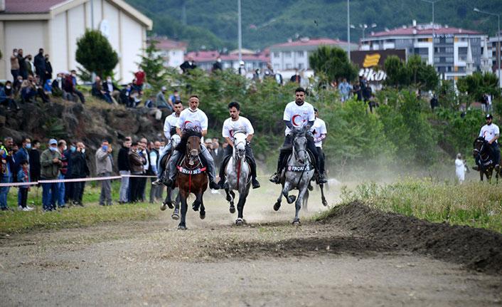 Trabzon'da rahvan at yarışları heyecanı
