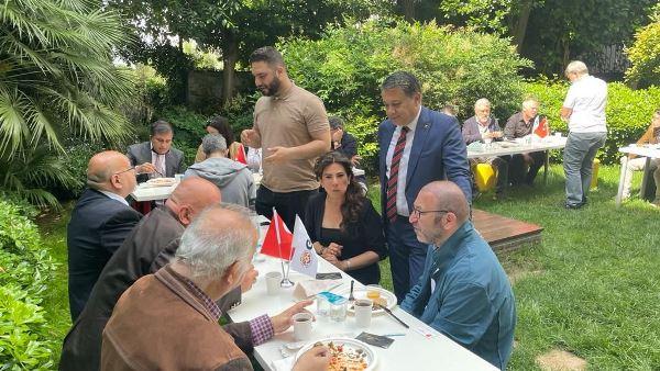 KGK İstanbul ofiste küresel buluşma