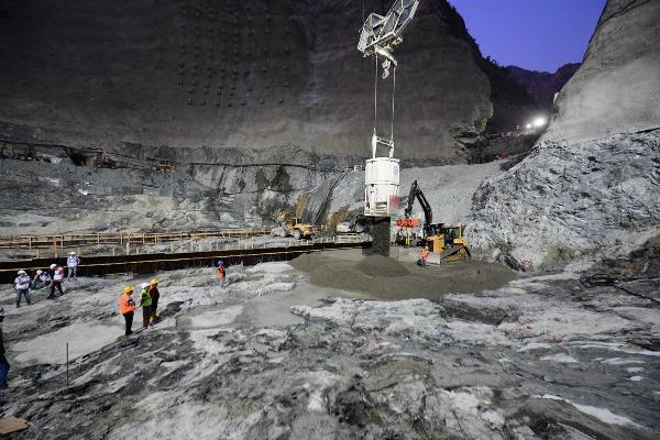 Yusufeli Barajı'nda sona gelindi! İşte su tutacağı tarih
