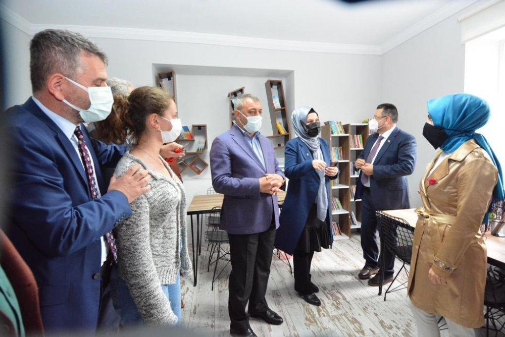 Derya Hoş Kütüphanesi hizmet açıldı