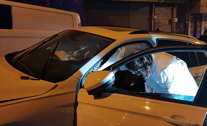 İki cip çarpıştı, araçtakiler kazayı unutup kavga etti