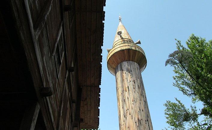 Tarihi camiye 171 yıl sonra minare yapıldı