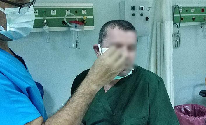 Hasta yakını sağlık personeline saldırdı