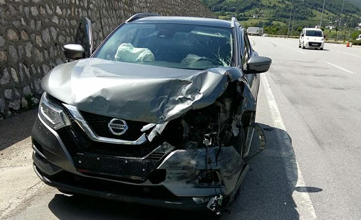 Samsun'da iki araç çarpıştı 4 yaralı