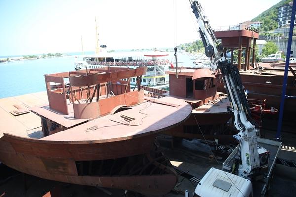 Karadenizli balıkçıların yıpranan tekneleri bakıma girdi