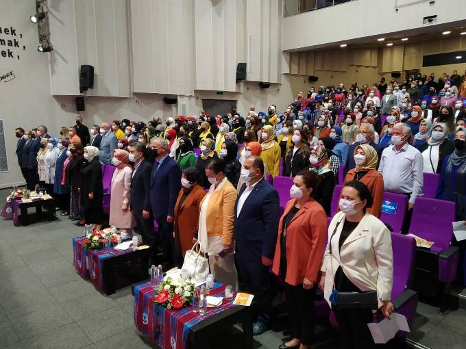 Ak Parti Kadın Kolları heyeti Trabzon'da