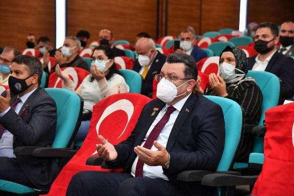 """Başkan Genç, şehit ailelerine seslendi: """"Bu mücadele devam edecek"""""""