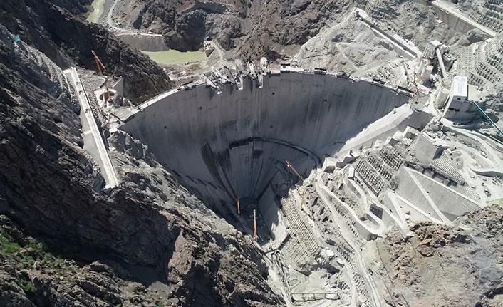 Yusufeli Barajı bir şehri aydınlatacak kadar enerji üretecek