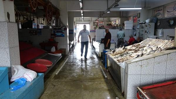 Trabzon'da balık tezgahları boş kaldı