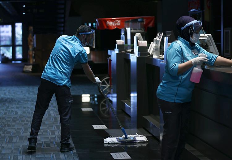 Sinema salonları misafirlerini ağırlamaya hazır