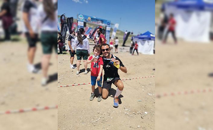 Maratonu karıştırınca 800 metre yerine 12 kilometre koştular