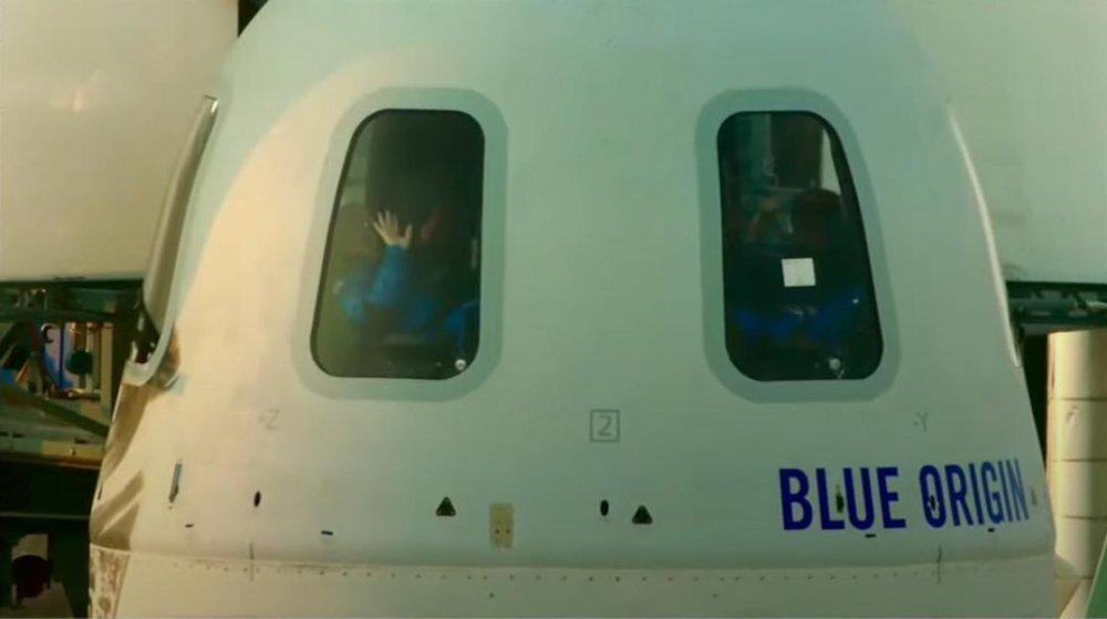 Jeff Bezos'un uzay yolculuğu gerçekleşti