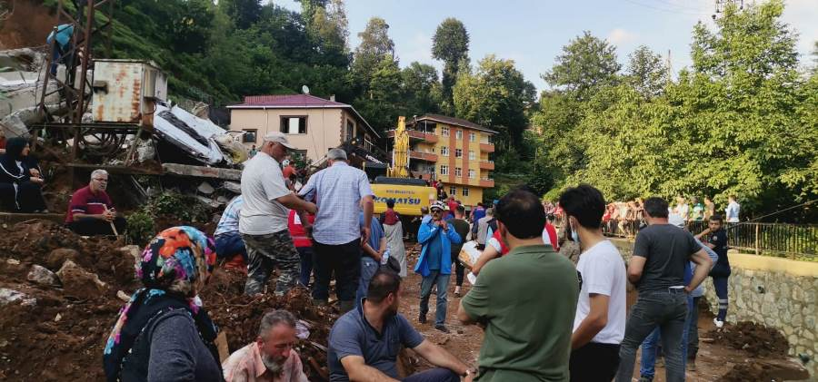Rize'deki sel felaketinin gönüllü kahramanları; ANDA