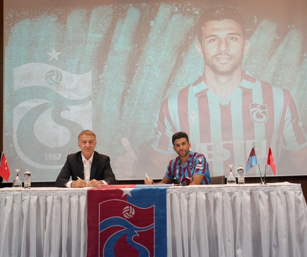 İsmail Köybaşı Trabzonspor'a imza attı: Gururlanıyorum!