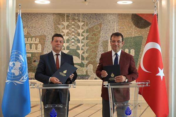 """İBB ve UNHRC arasında imzalar atıldı! """"Türkiye 'hedef ülke' konumuna geldi"""""""