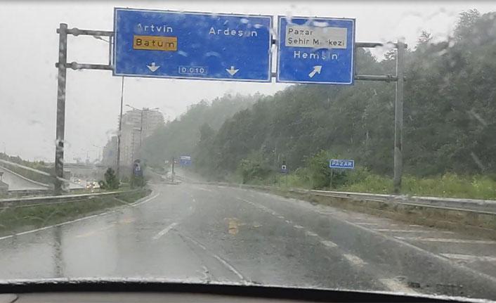 Doğu Karadeniz'de beklenen yağışlar başladı