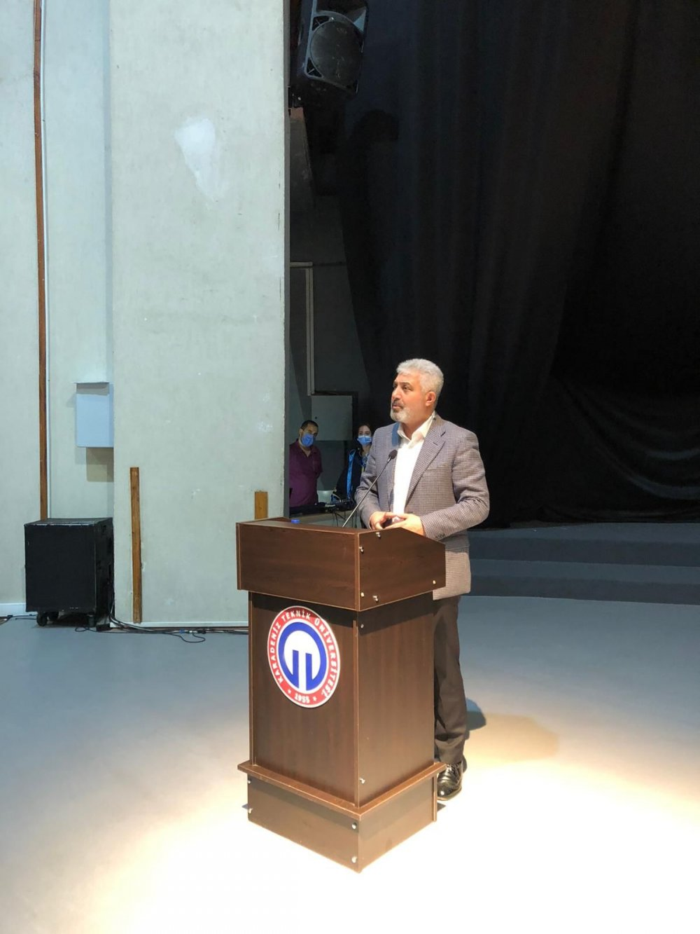 Adnan Günnar KTÜ Diş Hekimliği mezuniyet törenine katıldı