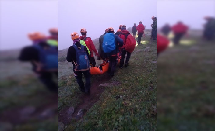 Kaçkarlarda uçuruma düşen Ukraynalı dağcılar kurtarıldı