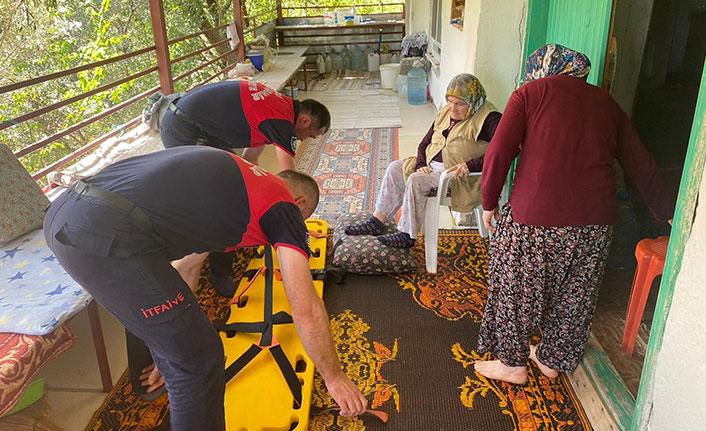 Antalya'da felçli kadını Ordu'dan giden ekip tahliye etti