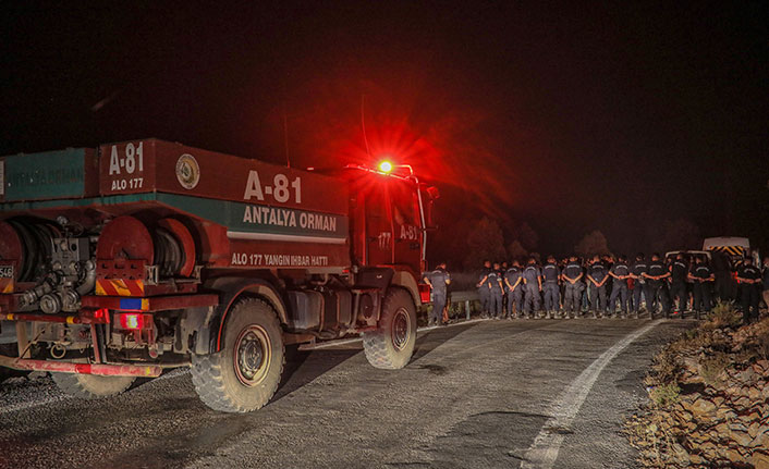 Manavgat'taki yangın 5 gündür söndürülemedi