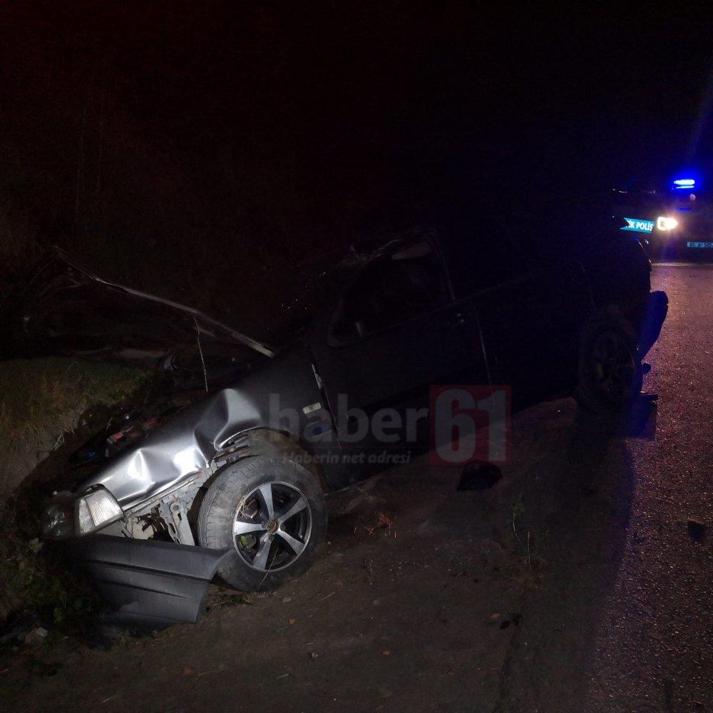 Trabzon'da otomobil şarampole uçtu