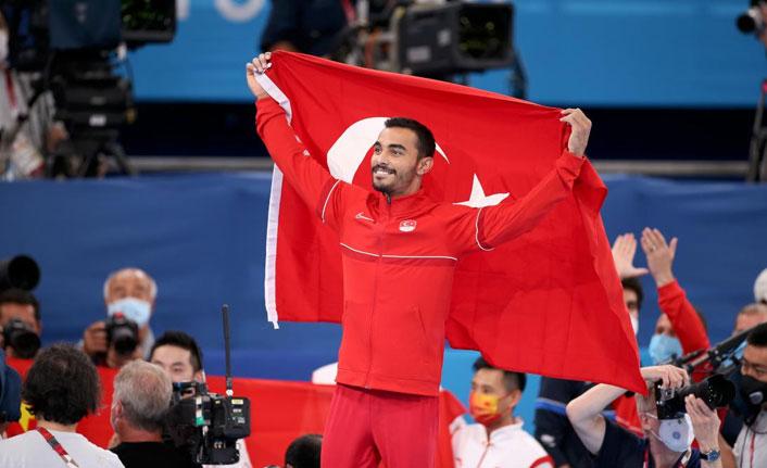 Türk cimnastiğinin tarihideki ilk olimpiyat madalyası Ferhat Arıcan'dan