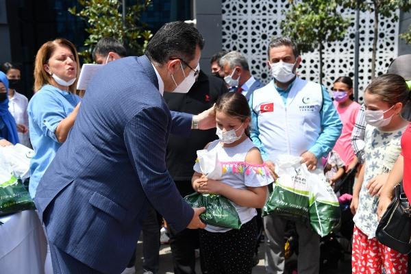 Ortahisar 'İyilik Kapısı' merkezi çocukları sevindirdi!