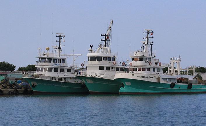 Aşı olmayan balıkçılara av yasağı geldi