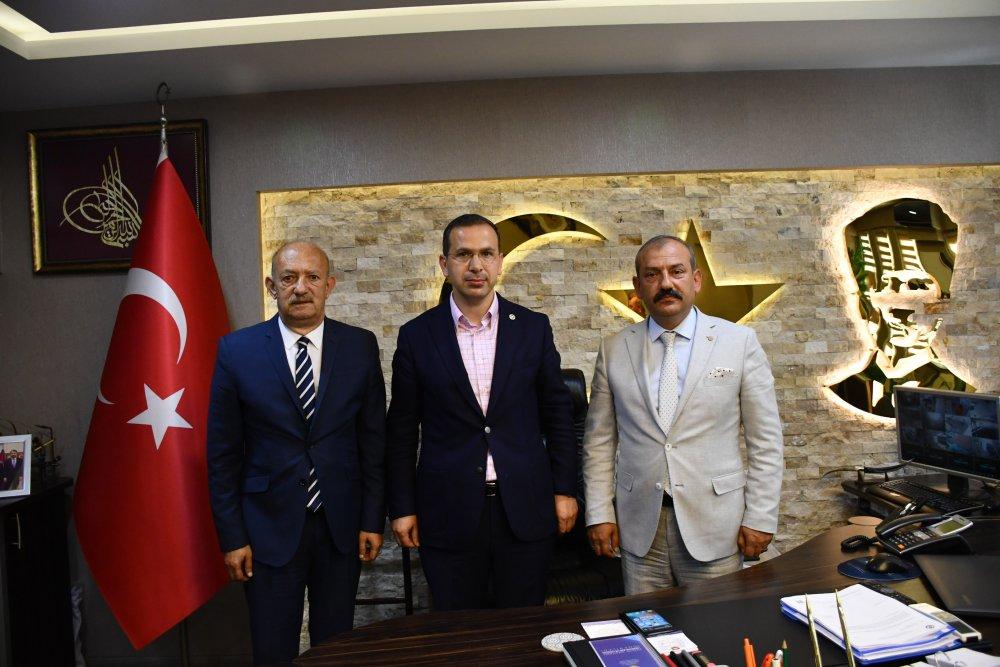 """Salih Cora şoförleri dinledi: """"Dönüşüm Trabzon için önemli"""""""