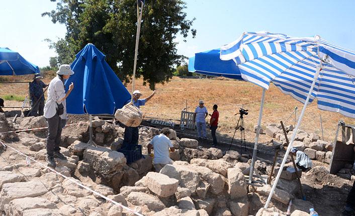 Anıt mezarı kireç ocağı olarak kullanmışlar