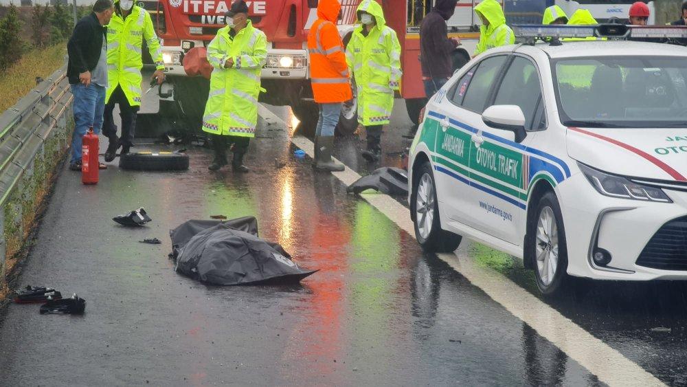 Kocaeli'nde yağmur kaza getirdi:1 ölü