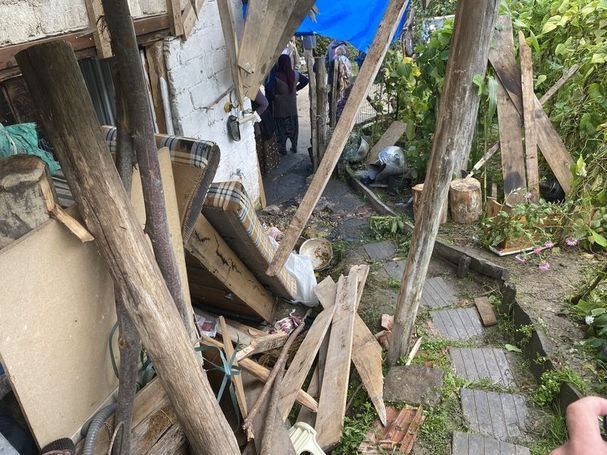 Bartın'da taziye evinde balkon çöktü: 13 yaralı