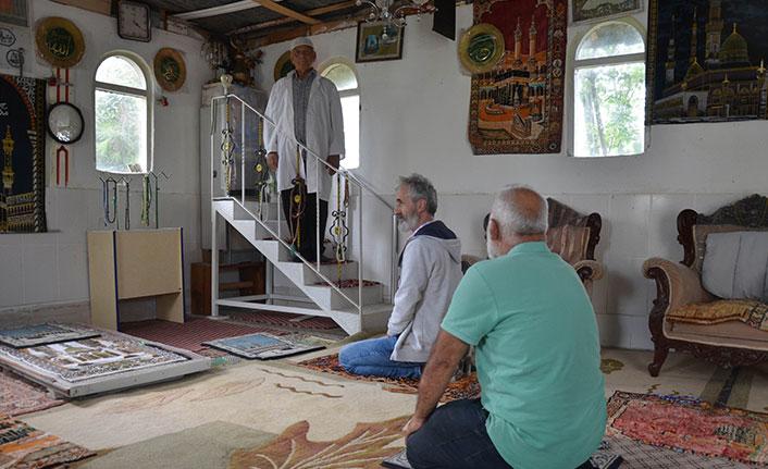 10 minareli mescidi görenler şaşkına dönüyor