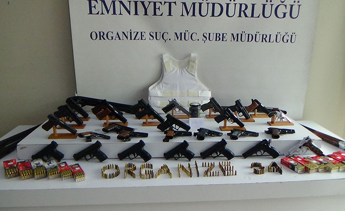 Trabzon dahil 3 ilde kaçak silah operasyonu