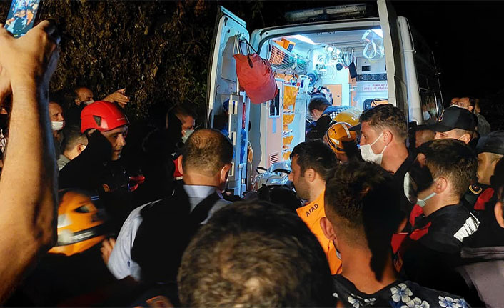 Trabzon'da feci kaza! Beton mikseri uçuruma yuvarlandı