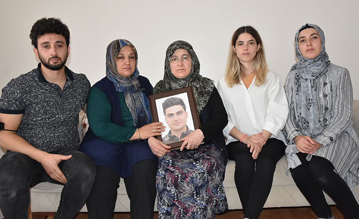 Eşinin öldürdüğü polisin ailesi isyan etti: Onun teröristi evindeymiş