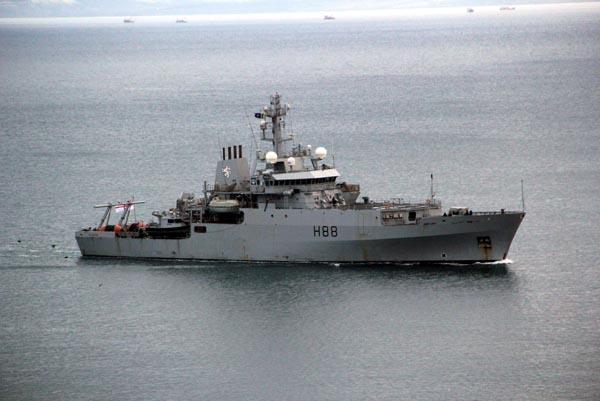 Nato'nun savaş gemileri Karadeniz'de