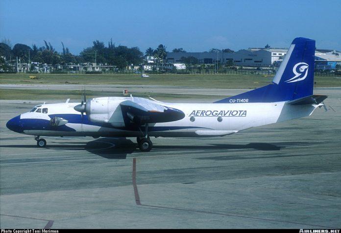 Yolcu uçağı düştü: 39 ölü