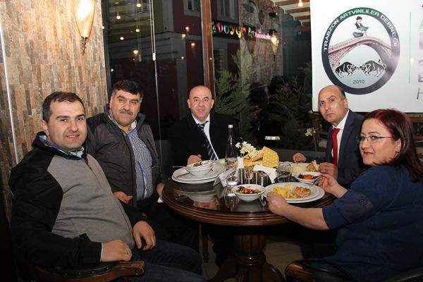 Trabzon'daki Artvinliler kurtuluş gecesinde buluştu