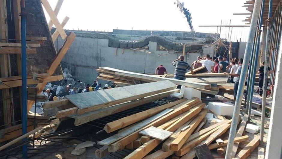 Okul inşaatında göçük