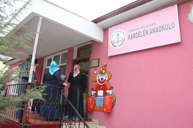 Trabzon'da Kardelen Anaokulunda miniklere spor aşılanıyor!