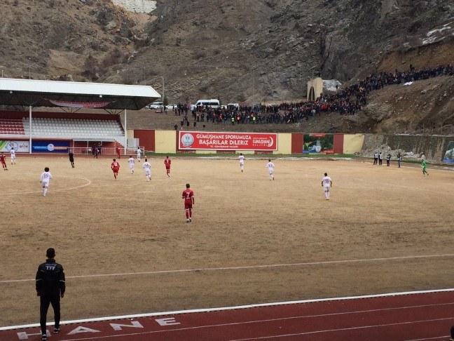 Gümüşhanelilerden Bakan Bak'a sitem: Bize stadyum sözü vermişti