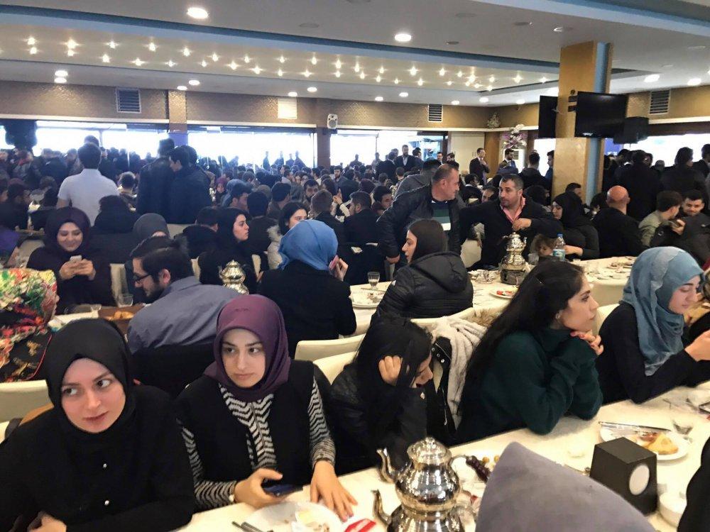 İçişleri Bakanı Soylu Trabzon'da gençlerle buluştu