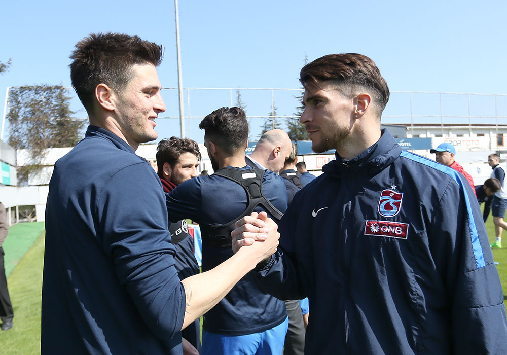 Trabzonspor'da Okay Yokuşlu'ya sürpriz