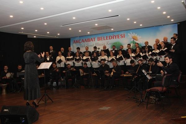 Trabzon'da TSM konseri beğeni topladı