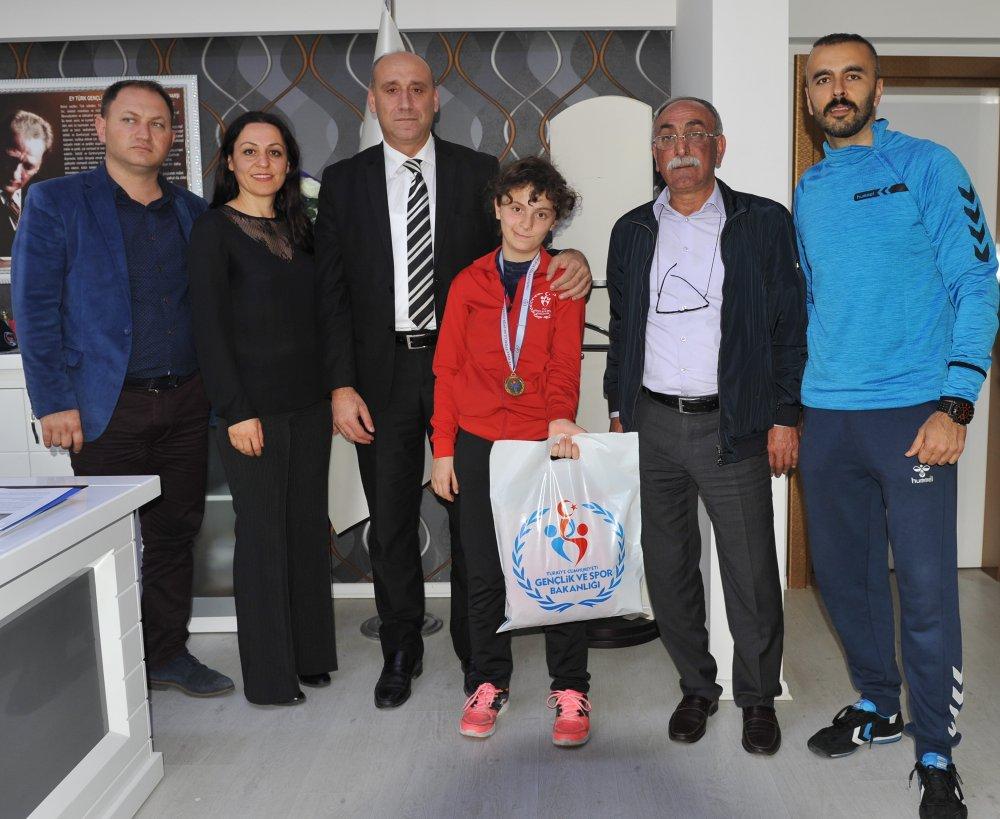 Trabzonlu sporcudan çok özel şampiyonluk