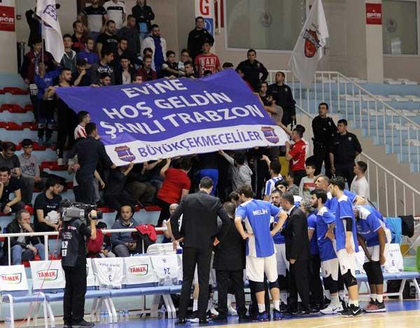 Trabzonspor Büyükçekmece karşısında - Canlı Takip
