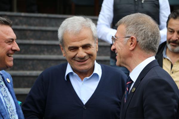 Trabzonspor yönetiminden Çaykur Rizespor'a ziyaret