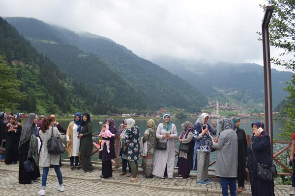 Kadın meclisi üyeleri Trabzon'u gezdi